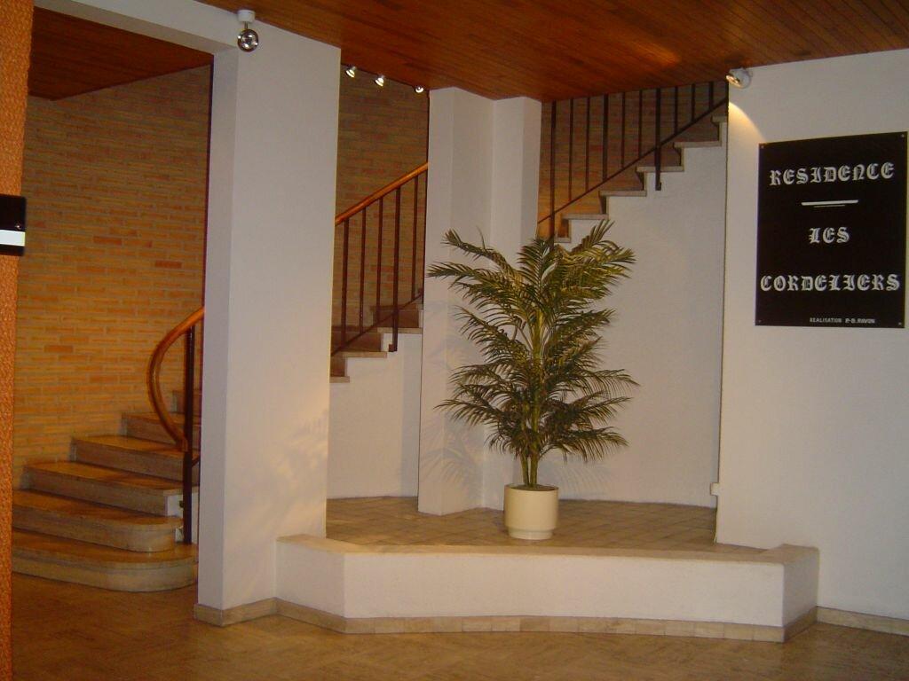 Appartement à louer 1 16m2 à Albi vignette-5