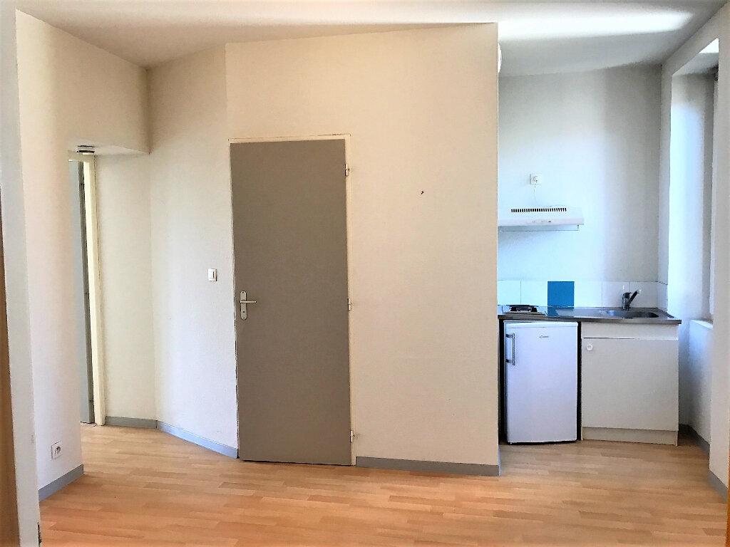 Appartement à louer 2 30m2 à Albi vignette-1