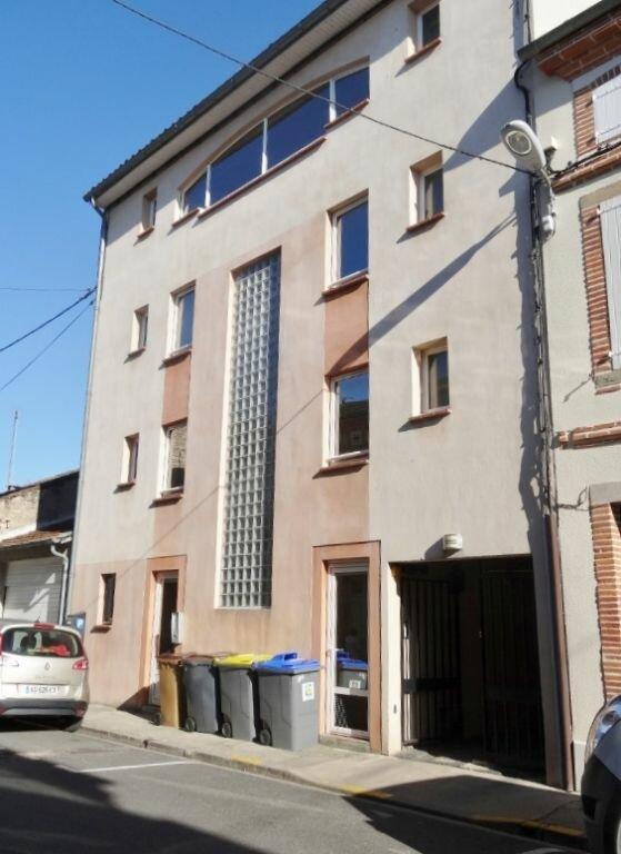 Appartement à louer 1 18m2 à Albi vignette-3