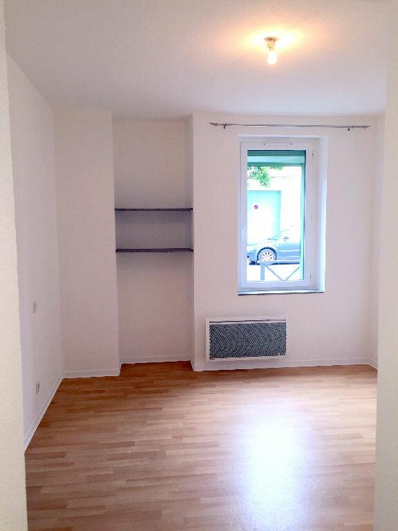 Appartement à louer 1 20m2 à Albi vignette-3