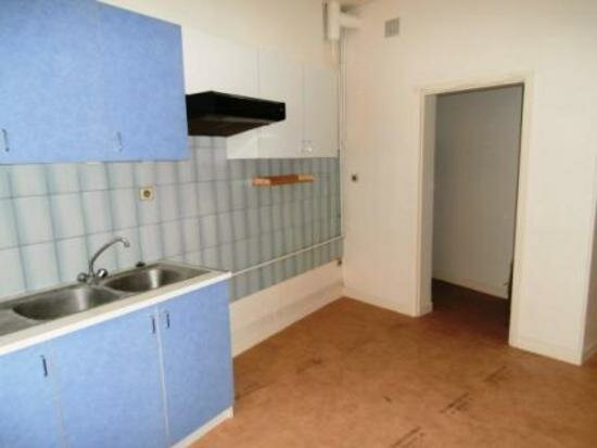 Appartement à louer 4 105m2 à Albi vignette-2