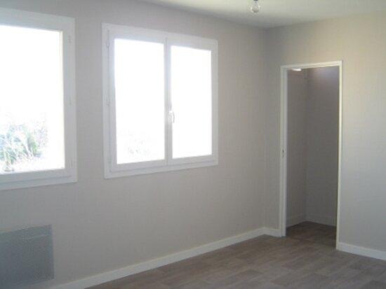 Appartement à louer 4 70m2 à Albi vignette-2