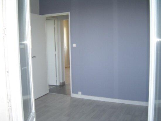 Appartement à louer 4 70m2 à Albi vignette-4