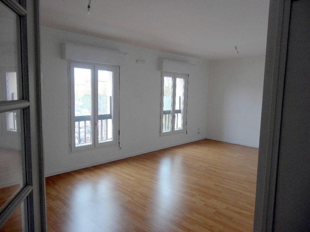 Appartement à louer 3 76m2 à Albi vignette-2