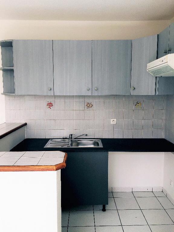 Appartement à louer 2 33m2 à Albi vignette-2