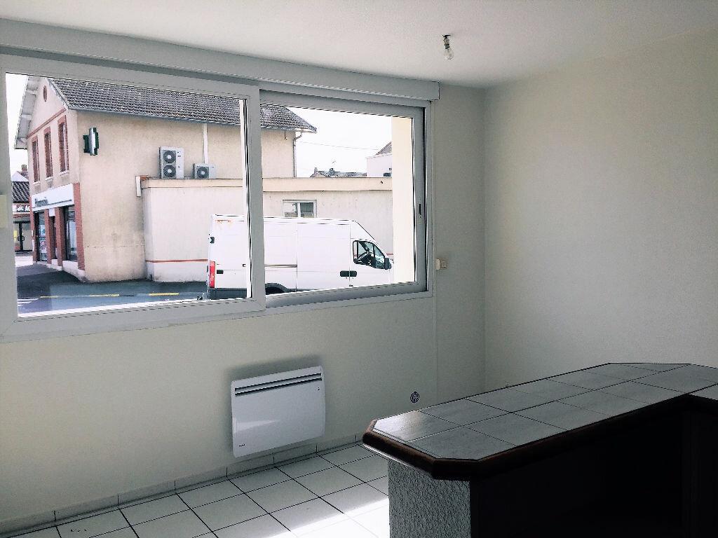 Appartement à louer 2 33m2 à Albi vignette-3