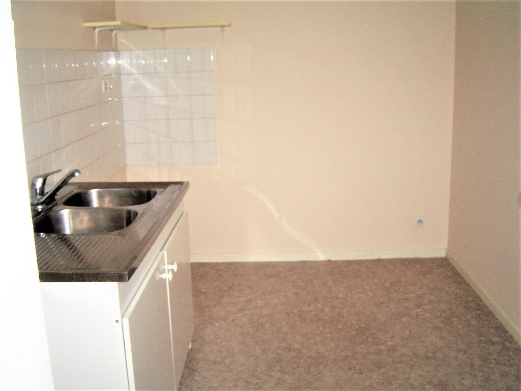 Appartement à louer 3 67m2 à Albi vignette-5