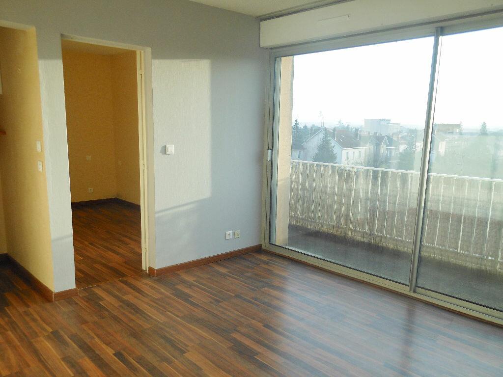 Appartement à louer 2 26m2 à Albi vignette-1