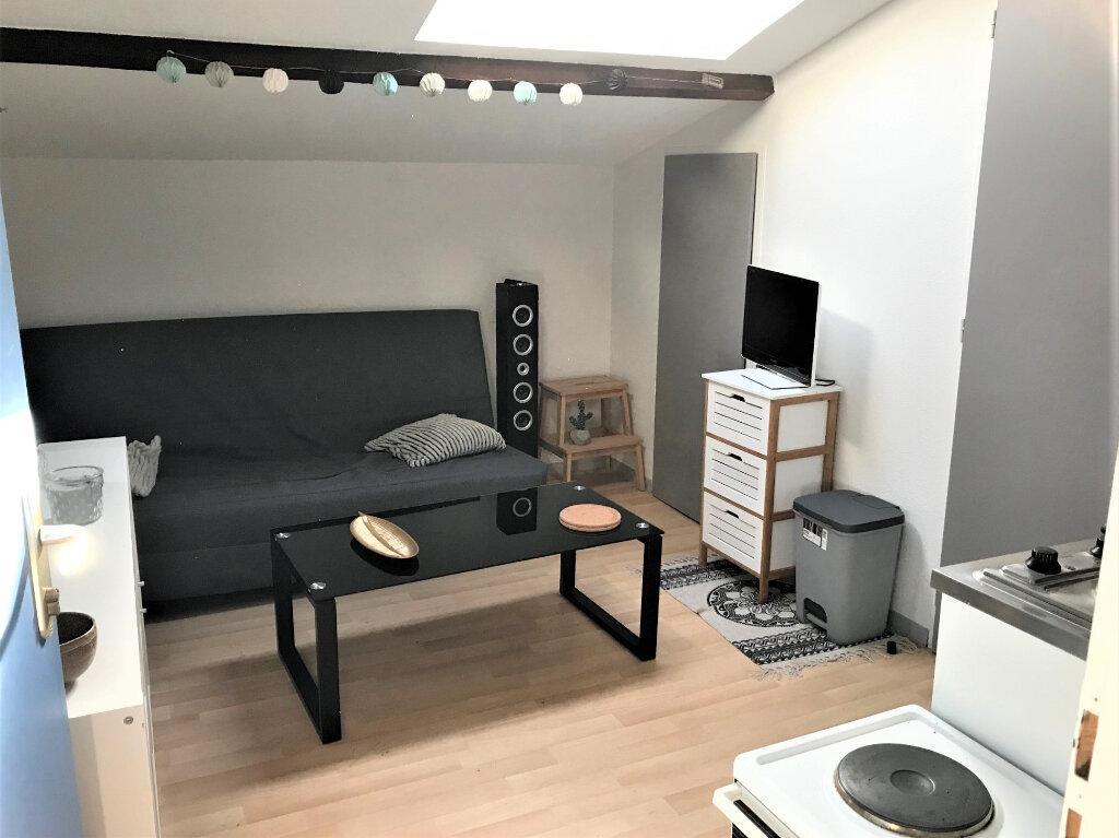 Appartement à louer 1 10m2 à Albi vignette-1