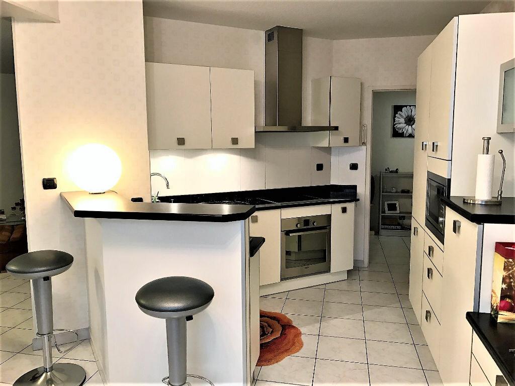 Appartement à louer 2 90m2 à Albi vignette-1