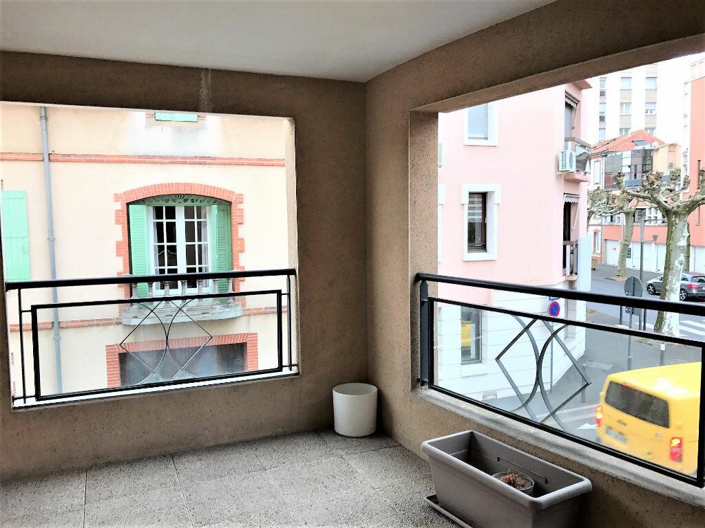 Appartement à louer 2 90m2 à Albi vignette-9