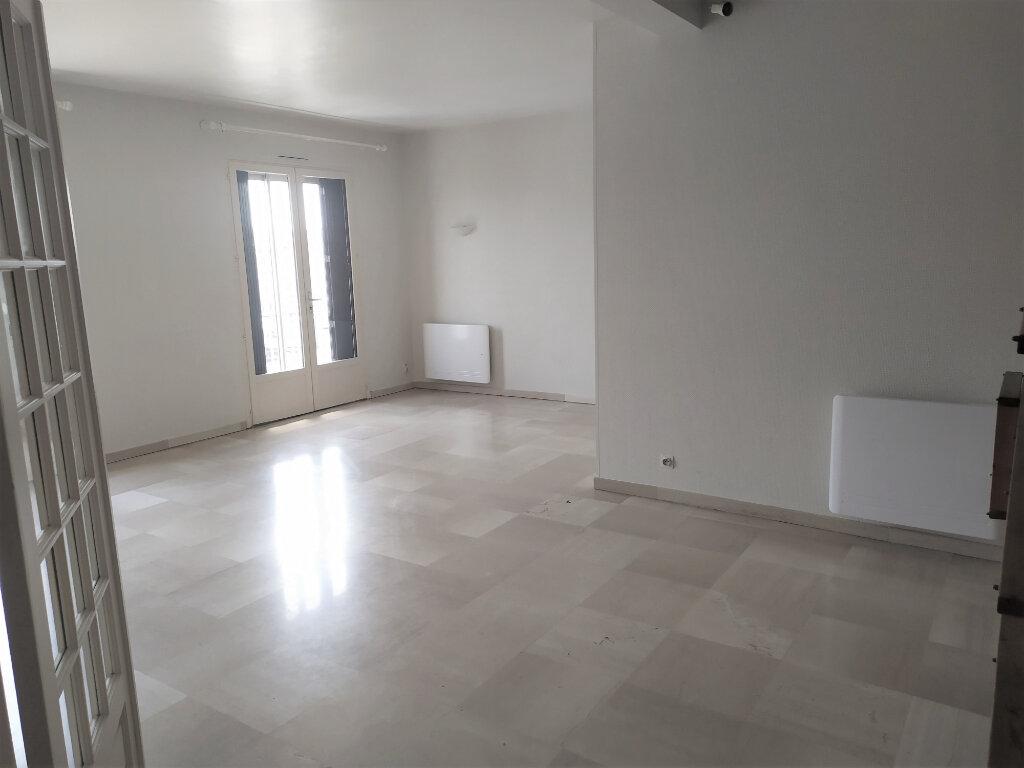 Appartement à louer 3 80m2 à Albi vignette-1