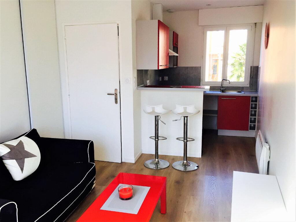Appartement à louer 2 31m2 à Albi vignette-3
