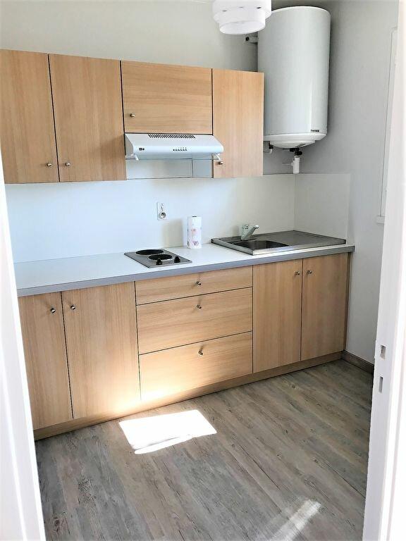 Appartement à louer 1 29m2 à Albi vignette-1