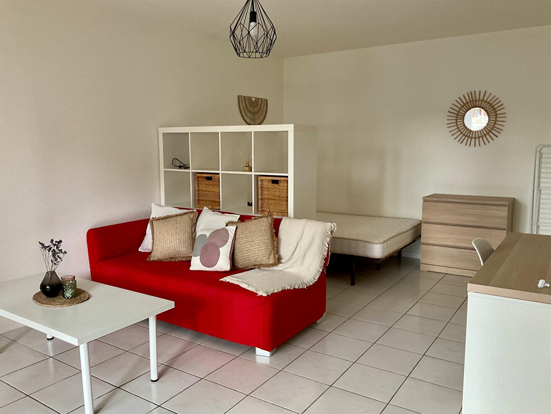 Appartement à louer 1 33m2 à Albi vignette-1