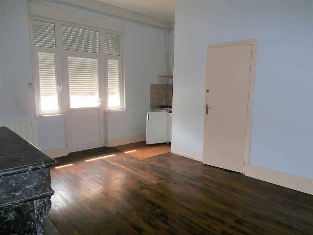 Appartement à louer 1 22m2 à Albi vignette-1