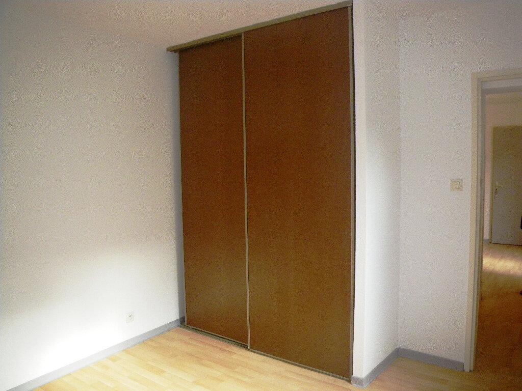 Appartement à louer 2 27.48m2 à Albi vignette-2