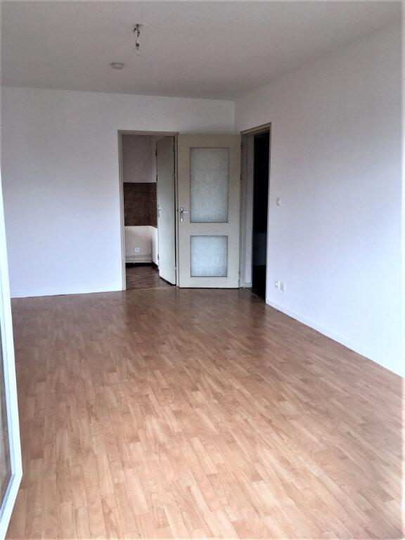 Appartement à louer 2 44.77m2 à Albi vignette-2