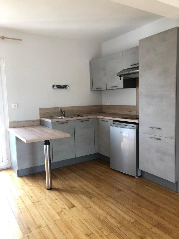 Appartement à louer 1 28m2 à Albi vignette-1