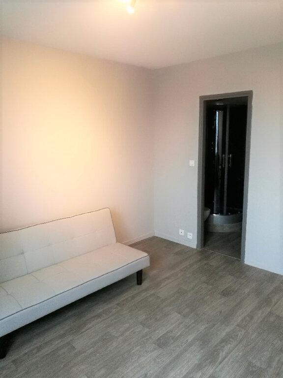 Appartement à louer 1 17m2 à Albi vignette-3