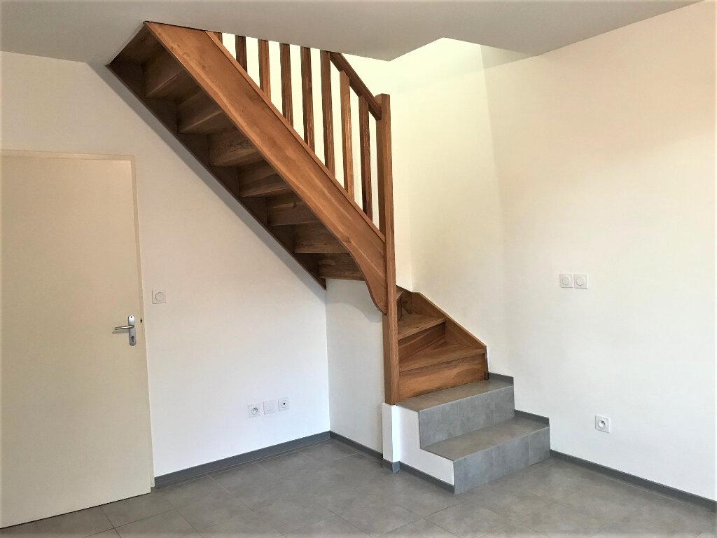 Appartement à louer 2 29m2 à Albi vignette-3