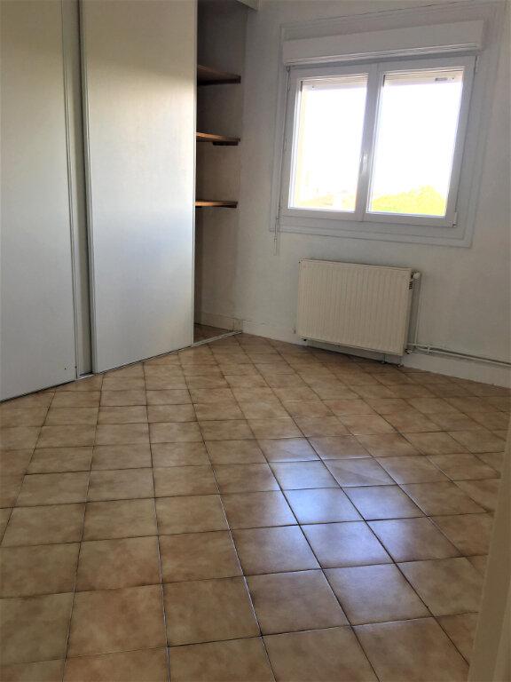 Appartement à louer 4 70m2 à Albi vignette-5