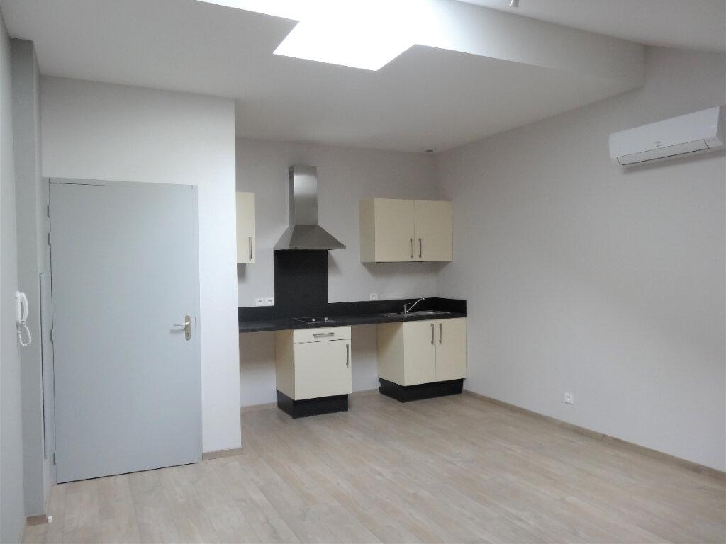 Appartement à louer 2 35m2 à Albi vignette-1