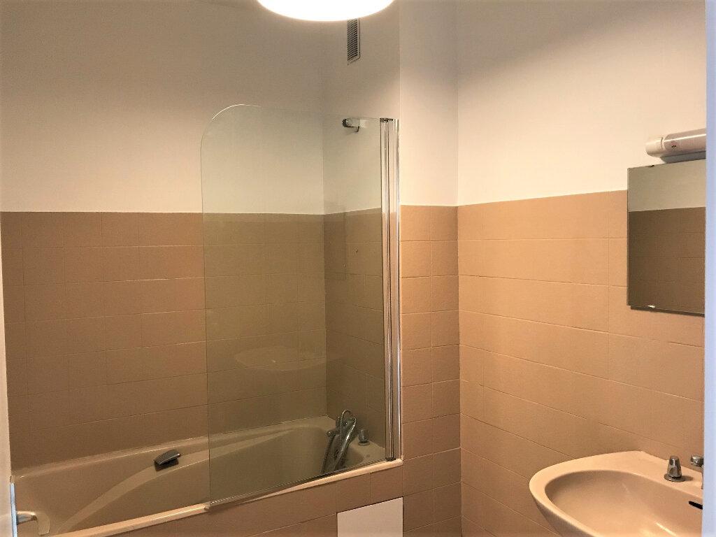 Appartement à louer 3 67m2 à Albi vignette-7