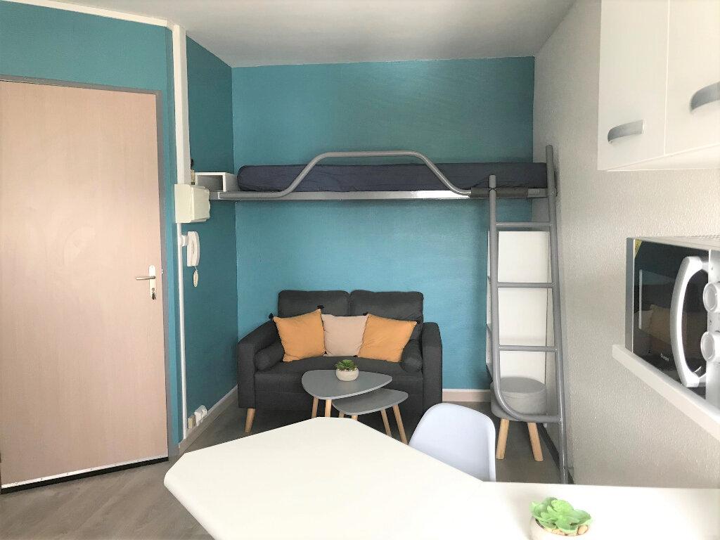 Appartement à louer 1 14m2 à Albi vignette-1