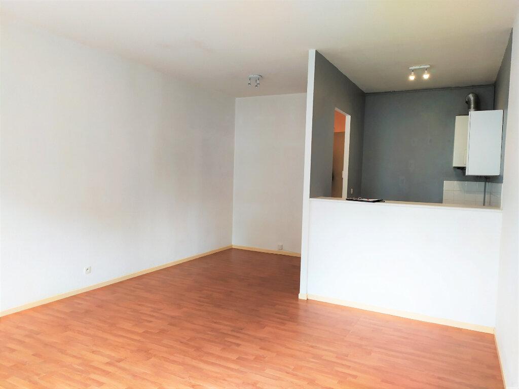 Appartement à louer 2 48m2 à Albi vignette-2