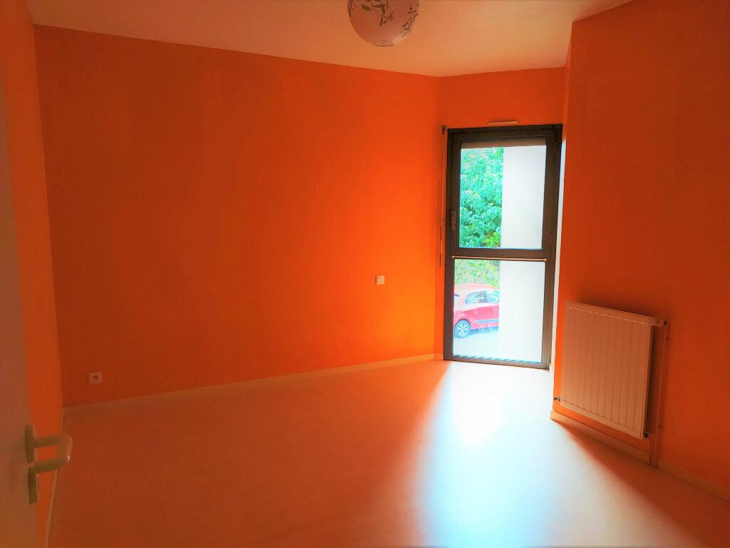 Appartement à louer 2 48m2 à Albi vignette-4