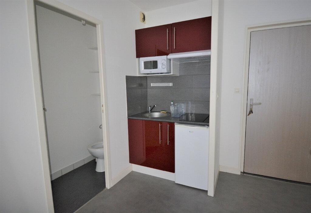 Appartement à louer 2 27m2 à Brest vignette-2