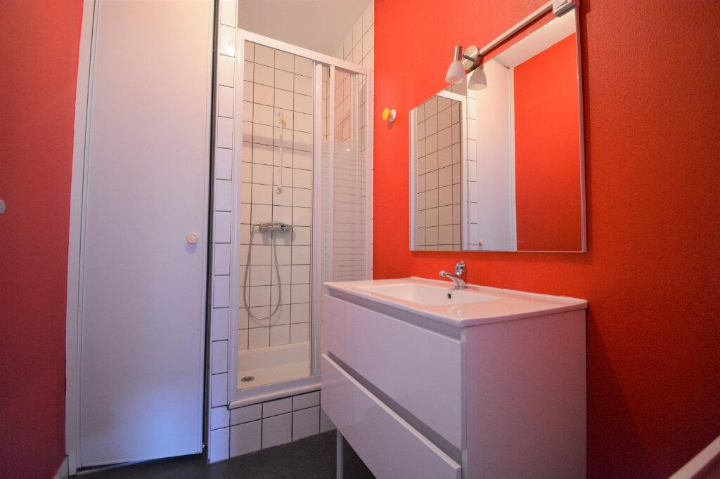 Appartement à louer 2 27m2 à Brest vignette-6