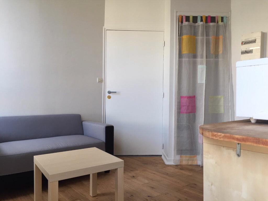 Appartement à louer 1 22m2 à Brest vignette-2