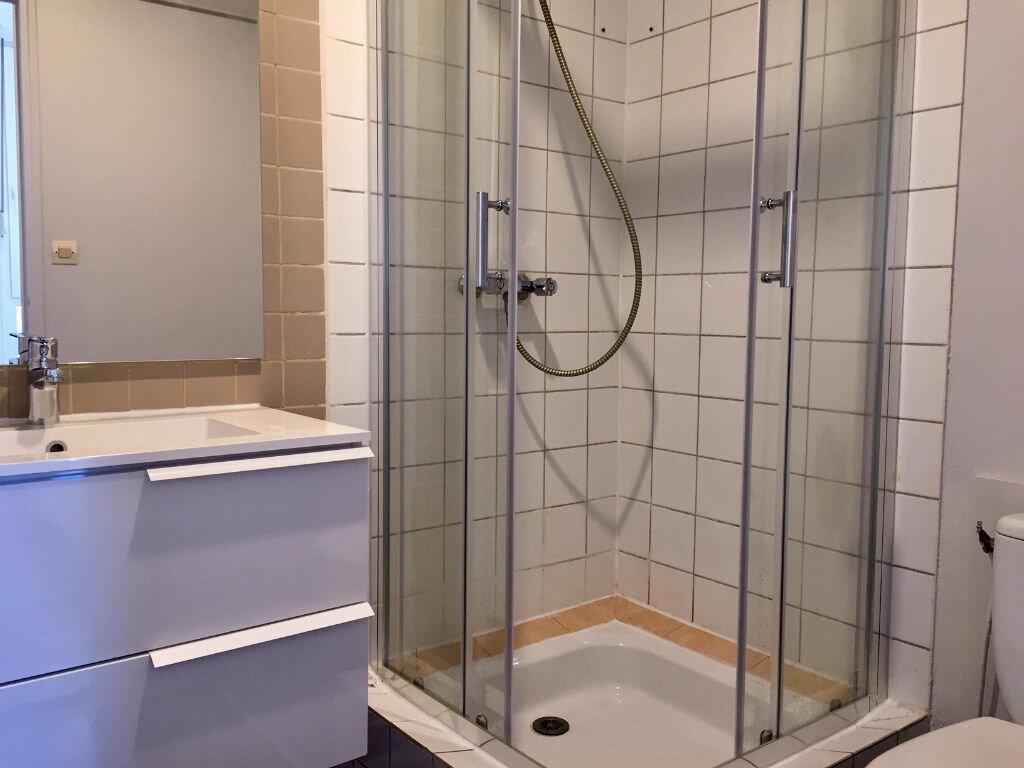 Appartement à louer 1 22m2 à Brest vignette-6