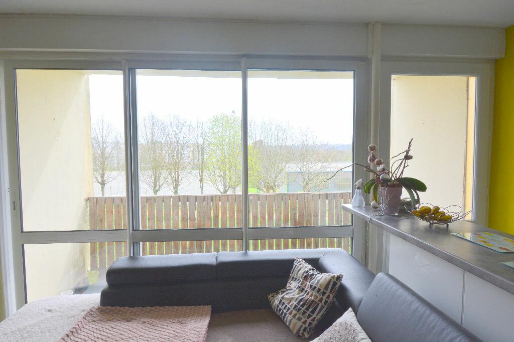 Appartement à louer 5 77.23m2 à Brest vignette-5
