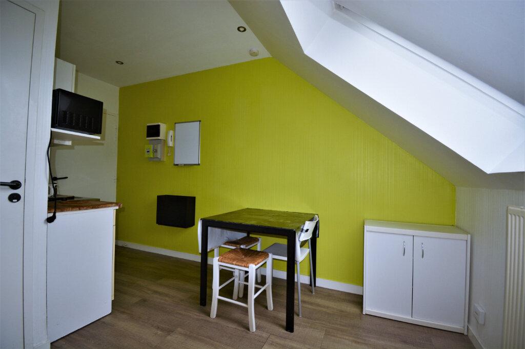 Appartement à louer 1 15m2 à Brest vignette-2