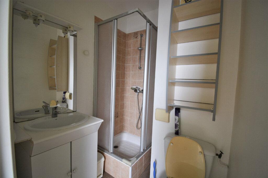 Appartement à louer 1 15m2 à Brest vignette-4