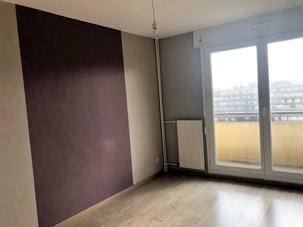 Appartement à louer 5 77.5m2 à Brest vignette-10