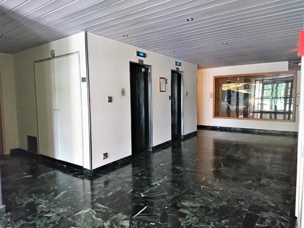 Appartement à louer 5 77.5m2 à Brest vignette-14