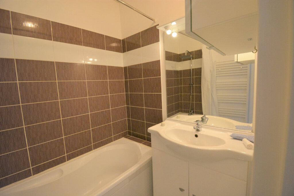 Appartement à louer 3 60.15m2 à Brest vignette-5