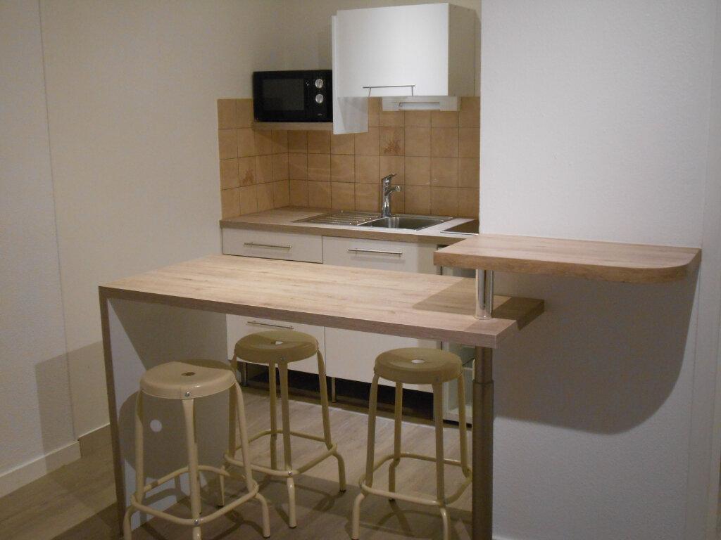Appartement à louer 1 20m2 à Brest vignette-1