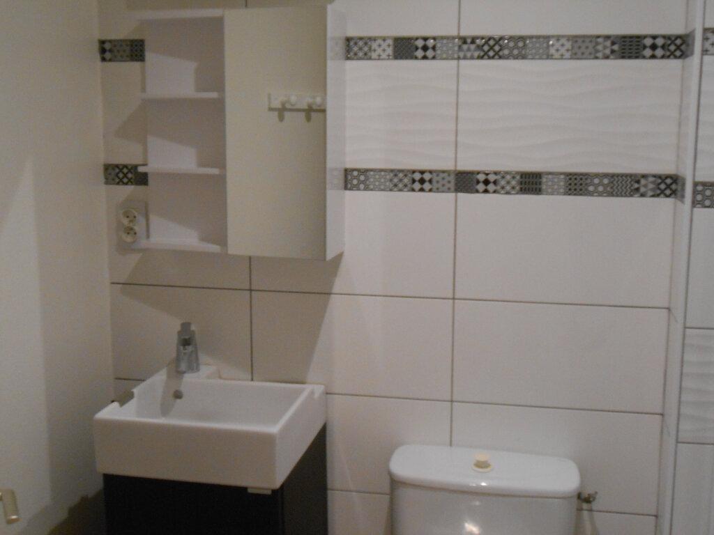 Appartement à louer 1 20m2 à Brest vignette-2