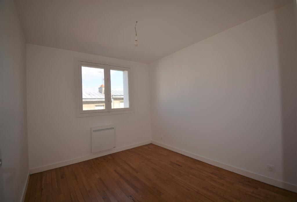 Appartement à louer 4 64.41m2 à Brest vignette-4