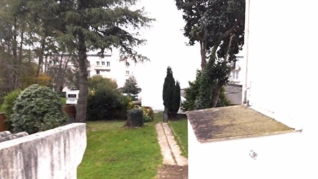 Immeuble à vendre 0 180m2 à Brest vignette-6