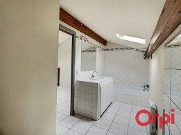 Appartement à louer 2 54.69m2 à La Fare-les-Oliviers vignette-5