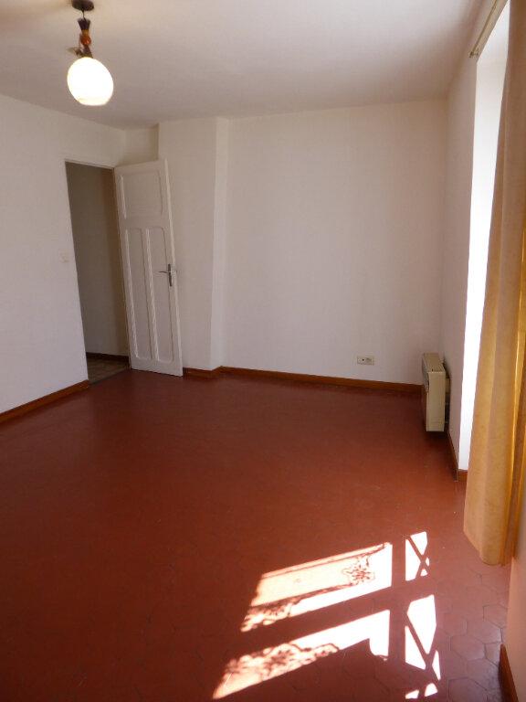 Appartement à louer 2 38m2 à La Fare-les-Oliviers vignette-4
