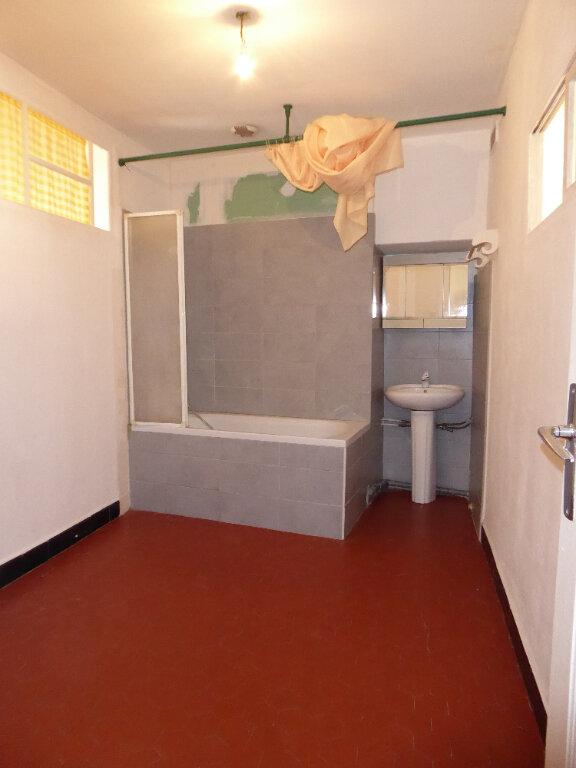 Appartement à louer 2 38m2 à La Fare-les-Oliviers vignette-5