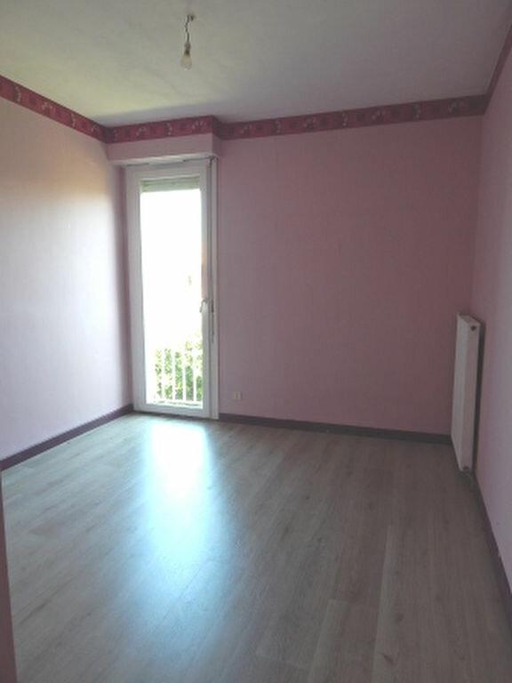 Appartement à louer 4 93.25m2 à Salon-de-Provence vignette-6