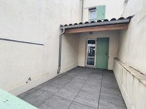 Appartement à louer 3 52.02m2 à La Fare-les-Oliviers vignette-4